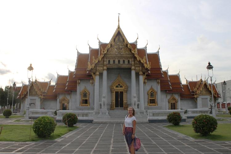 Foto de los exteriores del MarbleTemple, en Bangkok.