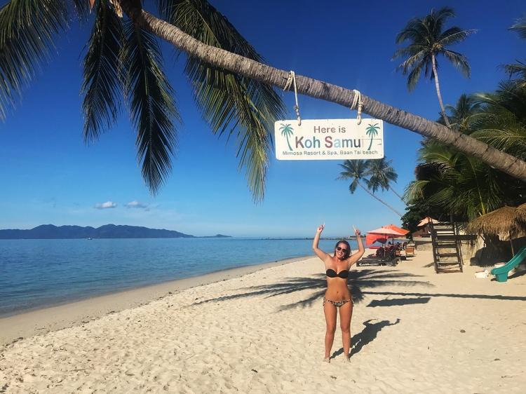 Una de las playas más tranquilas que vimos en Tailandia fue la de Mae Nam.